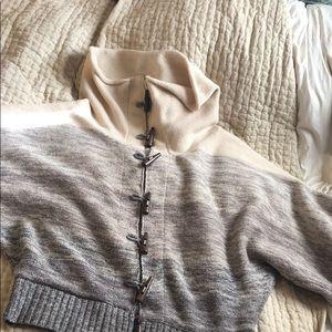Joie toggle shawl